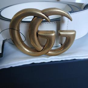 Helt Nye Gucci  DoubleG White leather bælte STR 85 EU Med kvittering, boks, Gucci læder klud   God pris for afhentning i Aalborg  eller kan sendes med dao :)