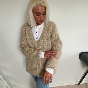 Mes Demoiselles Paris sweater