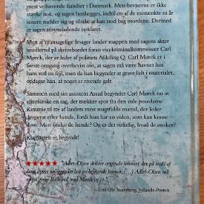 Fasandræberne af Jussi Adler-Olsen  Fasandræberne er andet bind i Jussi Adler-Olsens populære og prisvindende serie om Afdeling Q.   Indbúndet bog i god stand, som ny. Bog fra ikke-ryger og dyrefrit hjem.   KØB FLERE AF MINE BØGER/TING OG FÅ RABAT.