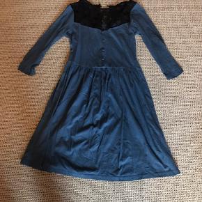 Smuk kjole i str 34. Kun prøvet på