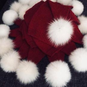 Hjemmestrikkede bløde nissehuer med ægte pels, onesize fra 8 mdr til lille voksen ❤️🎄