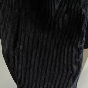 Fine bukser som jeg har brugt et par gange men ikke kan passe længere ✨