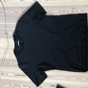 Whyred t-shirt
