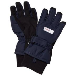 Lækre vinterhandsker Reima tec handsker i str. 6 (svarer til 8-10 år) i navy / mørkeblå. Ubrugte. Nypris ca. 349 kr. Se også Reima jakke str 140.