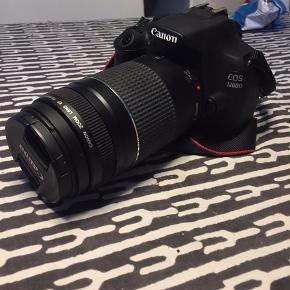 Sælger mit Canon eos 1200D med en 75/300mm linse, oplader, batteri, 32gb SD kort og en taske med, da jeg ikke får det brugt længere, det kan både afhentes og sendes, helst afhentning pga. Det jo er et kamera :)