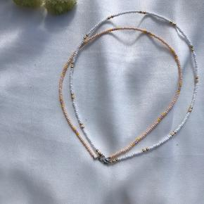 Choker med perler, kan laves i alle farver og størrelser. Med ferskvandsperle + 100Kr  1 for 100  2 for 150