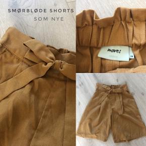 Smukke smukke shorts..  Med et godt elastik bagpå