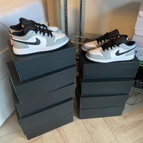 Nike Air Jordan 1 Low 'Light Smoke Grey'  Kasse + kvittering  Helt nye Størrelse 43  1250 + fragt fast pris