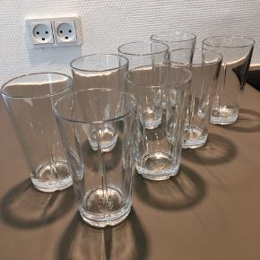 8 stk. Rosendahl Grand Cru Café glas 37 cl / 13 cm høje.  Til varme og kolde drikke - stabelbare Velholdt uden kalk, glaspest eller revner Kan sendes på købers regning eller afhentes på Østerbro Prisen er for alle 8 stk