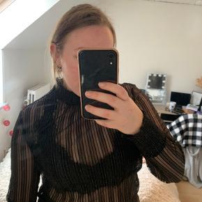 Studio bluse