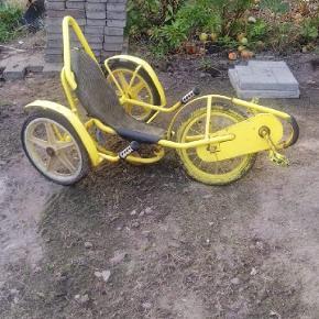 Banan cykel sælges 🙂 Flade dæk, ellers kører den fint