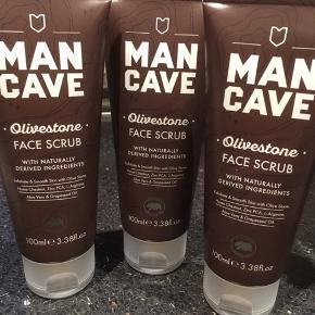 ManCave Olivestone  Ansigtsscrub 100 ml 3 stk sælges samlet.