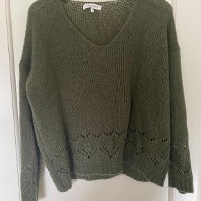 Studio Parisien sweater