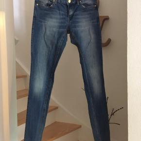 Jeans fra mango