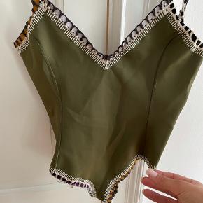 Kiini badetøj & beachwear