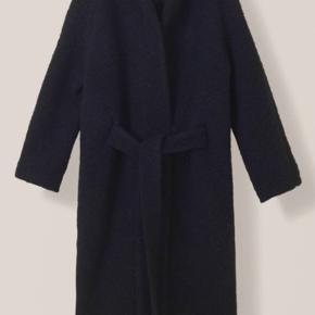 Sælger min Fenn coat - den nye model. Brugt nogle gange,  så I super stand. Mp 1600pp