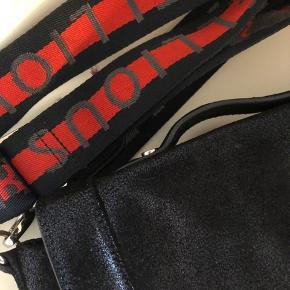 Fed taske, brugt, men uden nogen form for slid eller andet😊