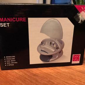 Helt ny og ubrugt manicure sæt.  Kan sendes eller afhentes i kbh. NV