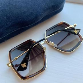 Helt nye solbriller, aldrig brugt. Fejlkøb