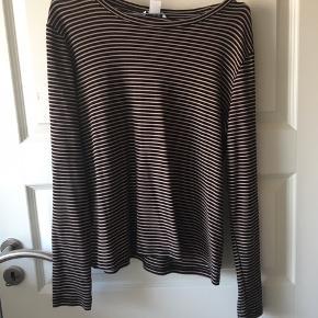 Langærmet t-shirt fra Monki med striper