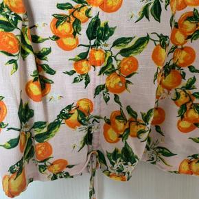 Helt ny trøje og super fin trøje.  Sælges billigt