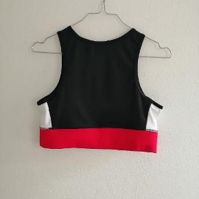 Reebok sports top / sports bh / croptop