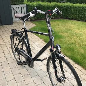 Gazelle herre cykel . Velholdt og vedligeholdt  Stel str 61 cm  Special fælge , OL Atlanta 1996 , meget stabilt fælge . Bud modtages .