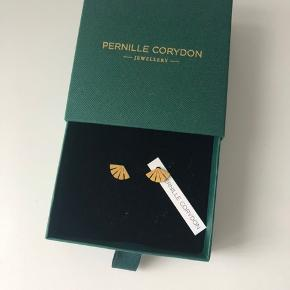 Smukke øreringe fra Pernille Corydon. Aldrig brugt. Jeg sender gerne.