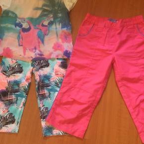 Leggins, bluse med tyndt stof foran og 3/4 bukser Blusen er str 134/140 - det andet str 140  lækkert sommersæt Farve: lyserød/grøn/hvid prisen er for alle 3 dele og uden porto