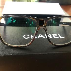 Fint brillestel fra Chanel. Købt til nypris i Paris i Grand Optical