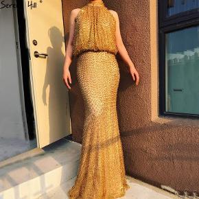 Taille sur demande Instagram: beauty_dress__shop