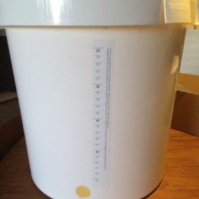 Cider kit til at lave cider. Det er eksklusiv gær, som kan købes på nettet. Brugt en gang, nypris 400 kr