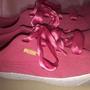 0fcf2910 Puma sko pink Str 40,5 Aldrig brugt Silke snørre Købt i Canada Har ikke