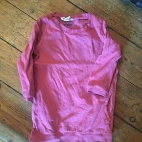 H&m kjole str 98  -fast pris -køb 4 annoncer og den billigste er gratis - kan afhentes på Mimersgade 111 - sender gerne hvis du betaler Porto - mødes ikke andre steder - bytter ikke