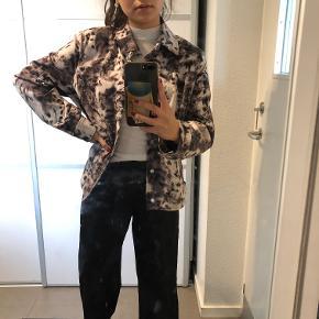 Vildt fed jakke - oversize
