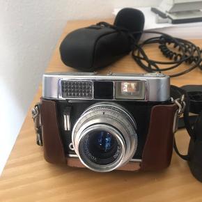 Gammel Voigtlander Lanthar 2,8/50 Vito CL Kamera. Kan afhentes på afdressen Nils Erlings Alle 5, 5250 Odense