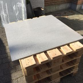 Bordpladerfliser 1mx1m kan bruges til væg og gulv 3stk. 100kr stk