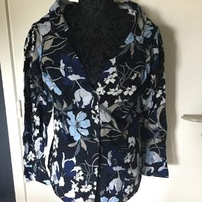 Never worn cute  cotton blouse