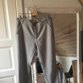 Sælger disse vintage slacks fra custommadeFørpris: 400 kr Str L-XL  Køber betaler fragt 😜🌻