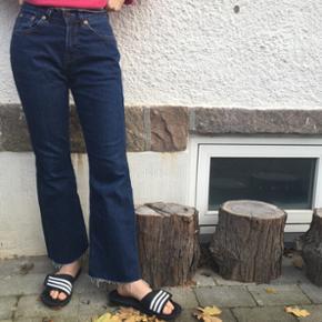 Wide leg jeans fra levis! W28 L30