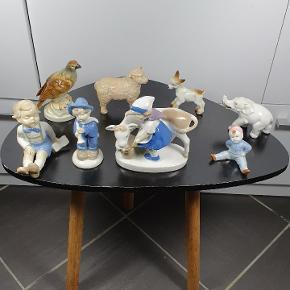 Små porcelæns figurere. 35 kr. Pr. Stk. Skriv endelig ved spørgsmål 😀