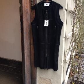 Bzr / Bruuns Bazaar kjole i ruskind