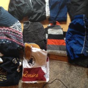 Kæmpe tøjpakke str 9/12år ca  Alt er 100% i orden masser af gode mærketøj  4 par Bukser 1 jakke  4 stk T-shirt  2 par shorts  4 varme trøjer  15 stk tøj  Spørg for info
