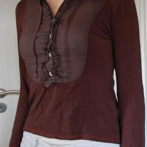 175f95d0e96 Str. 36. 0. Sonia Rykiel Top · Varetype: fin Skjortebluse Farve: Brun  Prisen angivet er inklusiv forsendelse. Fin Skjortebluse fra