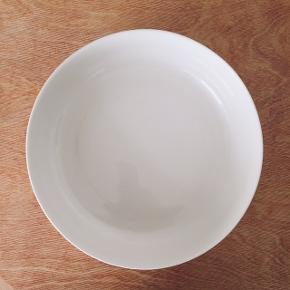 Iittala sarjaton serving bowl  26 cm // 2,45 liter  Fad Skål Servering Serveringsfad Serveringsskål,