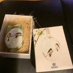 Royal æg i original æske med grønt bånd  2014 SVALE (1249 938) Sender + porto