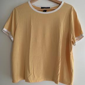 Forever 21 t-shirt