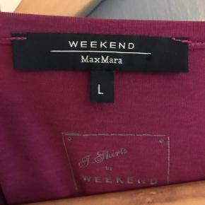 Weekend Max Mara bluse, i en flot fuchsia farve.