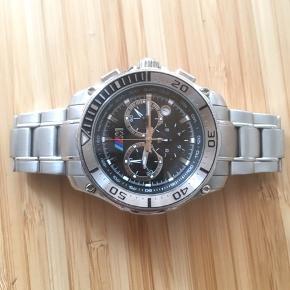 BMW M ur, ny pris 2500kr  Mangler batterier, ellers virker det helt upåklageligt.  Kom endelig med bud. Afhentes på teglholmen.