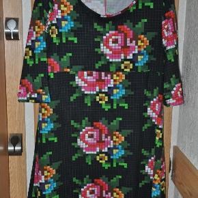 Tante Betsy kjole str XXXL. Ny. 500kr plus porto (m6991)  Bytter ikke og prisen er mp